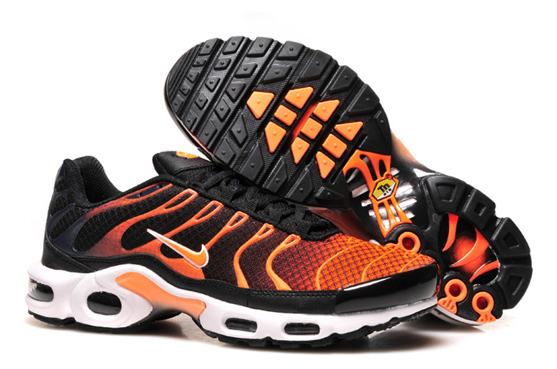 nike air max tn Homme Nike TN Requin Homme basket nike chaussure tn requin requin tn pas cher homme femme enfant