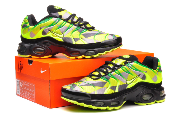 5051cb4cbff Nike TN Requin Homme chaussure requin tn nike chaussure tn magasin homme  femme enfant