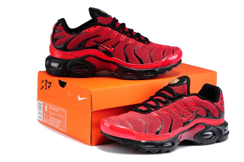 chaussures de sport c1f6c a9fe3 Nike Air Max TN Requin Shoes TN Chaussures Pas Cher homme ...